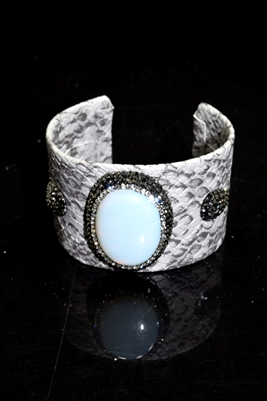 CB119 IRIDESCENT STONE GRAY SNAKE SKIN BANGLE