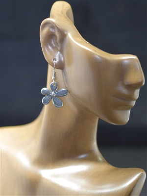 CE023 HAMMERED SMALL FLOWER POST EARRING