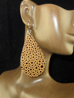 CE1101 TEARDROP LEATHER EARRINGS