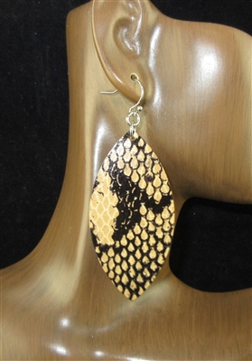 CE1104 SNAKE SKIN LEATHER EARRINGS