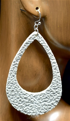 CE1120 OPEN TEARDROP LEATHER EARRINGS
