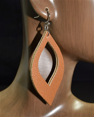 CE1127 LEATHER EARRINGS