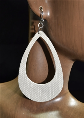 CE1144 DENIM OPEN TEARDROP EARRINGS