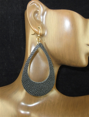 CE1695 OPEN TEARDROP LEATHER EARRINGS