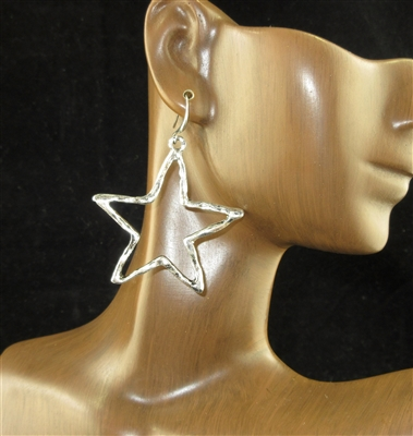 CE4336 ANTIQUE/HAMMERED STAR EARRINGS