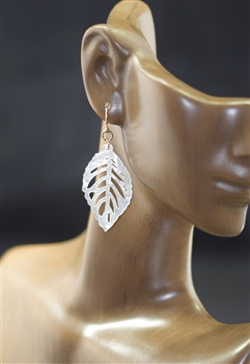 E6300 ANTIQUE LEAF POST EARRINGS
