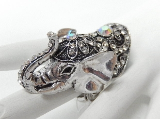 EH769 ELEPHANT HEAD STRETCH RING