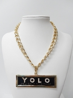 HN1206 CHAIN 'YOLO' NECKLACE