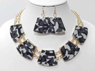 HNY175 BLK CAMO NECKLACE SET