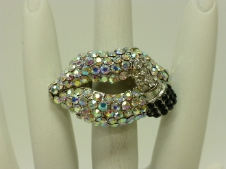 HR216 RHINESTONE LIP STRETCH RING