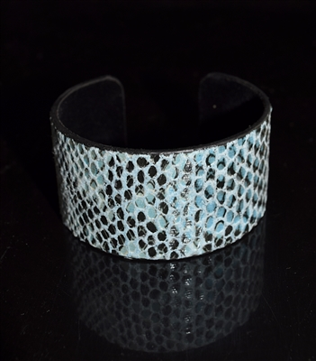 JCB1286 SNAKE SKIN LEATHER BANGLE