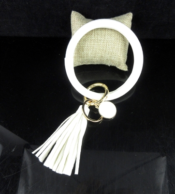 KR78938 WHITE SOLID COLOR KEY RING