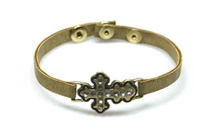 QB-6115 LEATHER Hammered Cross  BRCLT