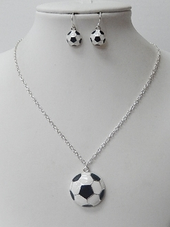 S1277 SOCCER BALL NECKLACE SET
