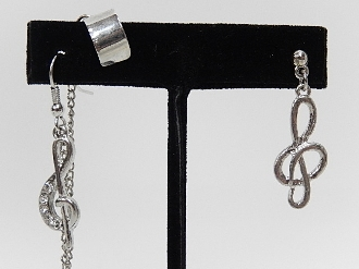 SE9299 MUSIC NOTE EARCUFF