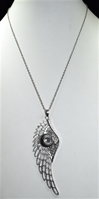 SN017 ANGEL WING SNAP BUTTON NECKLACE