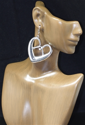 TE0025 ANTIQUE PRETZEL HEART EARRINGS