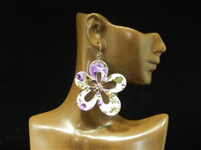 CE1559 FLOWER LEATHER EARRINGS