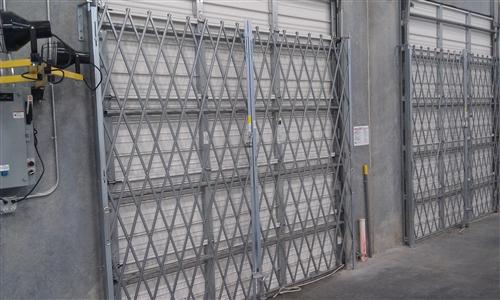 Galvanized Accordion Security Dock And Door Gates Choose