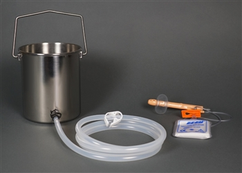 2-Quart Bucket Easy Enema Kit with Inflatable Retention Nozzle