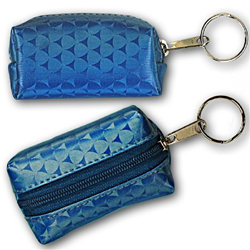 Lenticular purse key chain with blue triangles on a silver and blue gradient background, flip