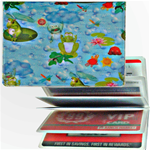 Lenticular credit card ID holder with frogs sit on lily pads and catch flies with their tongue, flip