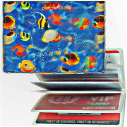 Lenticular credit card ID holder with tropical clown fish in Hawaiian ocean, depth