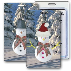 Lenticular luggage tag with Frosty the snowman switches from a top hat to a Santa Claus hat, flip