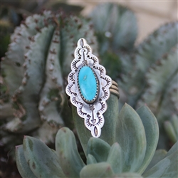 Turquoise Scalloped Diamond-Shaped Ring
