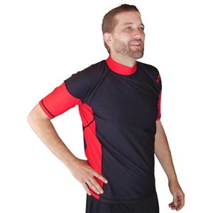 MEN'S SHORT SLEEVE RASH GUARD - BLACK/RED