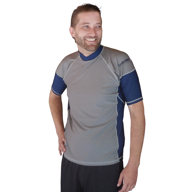 UV Protective Men's Short Sleeve Rash Guard in Silver/Navy from Sun Protection Zone