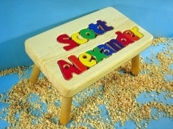 Puzzle Double Name Stool Maple - 10 Letters