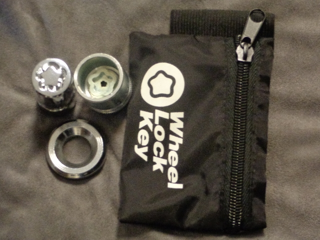 SPARE TIRE WHEEL LOCK KIT  - GMC MOTORHOME