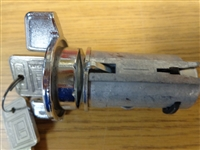 IGNITION SWITCH WITH KEY  73-78 ( NEW ) - GMC MOTORHOME