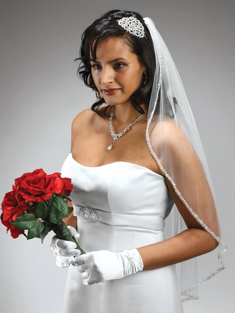 Rhinestone Edge Wedding Veil with Pearls & Beads - White<br>3327V-W