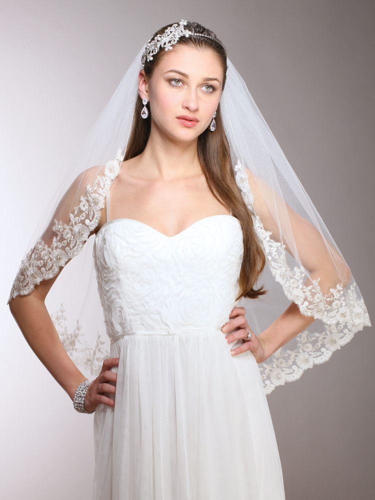 1-Layer Ivory Mantilla Bridal  Veil with Crystals, Beads & Lace Edge<br>3771V-I