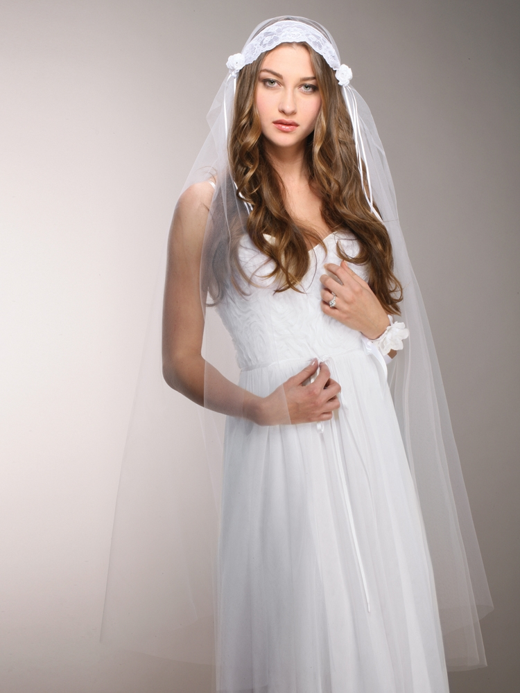White Vintage Lace Juliet Veil with Rosebuds<br>3914V-W