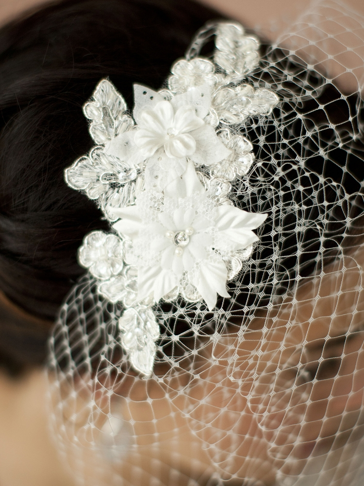 French Net Vintage Bridal Veil with Ivory Beaded & Floral Lace Applique<br>4104V-I