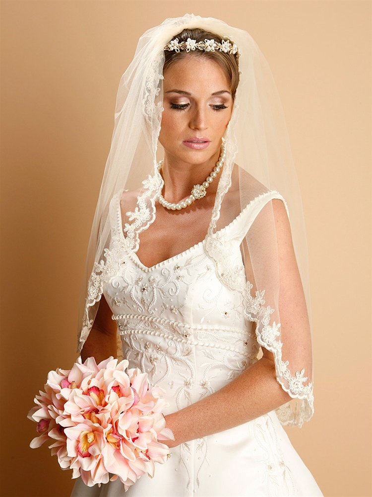 Lace Embroidered Mantilla Wedding Veil - White -<br>887V-36-W
