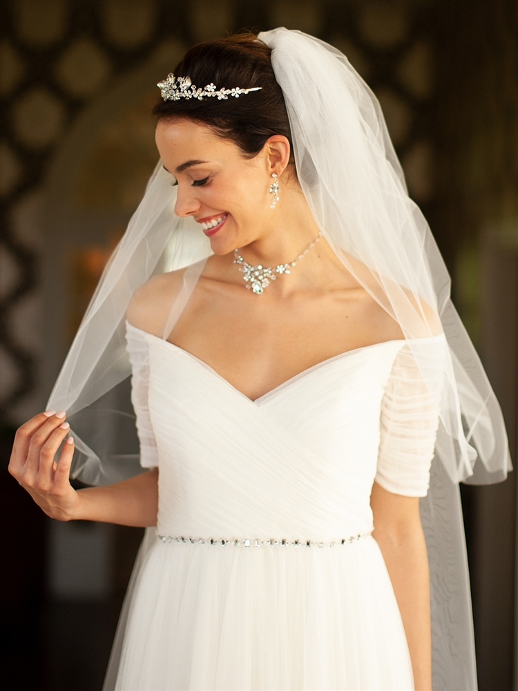 "Two Layer Cut Edge Bridal Veil - Diamond White - 30""/42""<br>928V-42-DW"