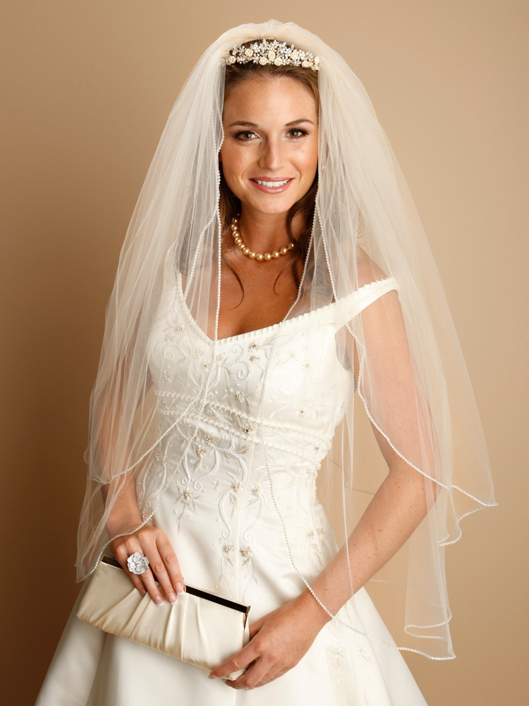 "Arielle Bridal 2-Layer Rhinestone Edge Veil 30""/36""<br>V062"
