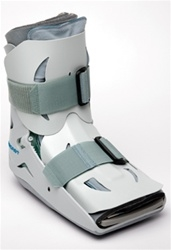 Aircast SP Walker™ (short pneumatic) Fracture Boot