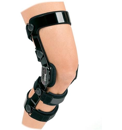 302cd5ec86 DonJoy Fource Point Knee Brace   ACL Knee Brace   ACL Reconstruction ...