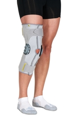 CSUS Vission ROM Wrap-Style Knee Support