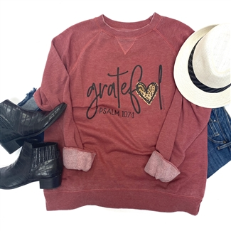 Grateful Heart t shirt. Southern boutique wholesale graphic tee clothing by Pink Armadillos. Printed on our super soft Bella Canvas tees.