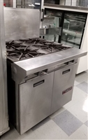 Used Heavy Duty Range with 4 Burners - Garland #M44S