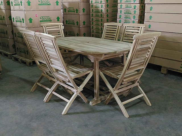 Meghan Teak Table 160 X 90cm Set W 6 Hampton Folding Chairs