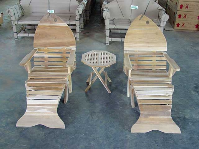 Astonishing 2 Adirondack Fish Teak Chairs W Footstool A Side Table Machost Co Dining Chair Design Ideas Machostcouk