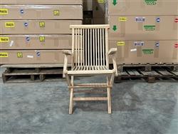 ... British Gardens Premium C Grade Folding Arm Chair