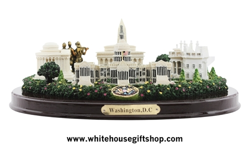 Washington D.C. Panorama Model, White House, Capitol, Jefferson, Vietnam, Lincoln Memorials, Vietnam Memorial, Desk Top Display, wood base, large 9 inch by 5 inch from official White House Gift Shop, Est. 1946.